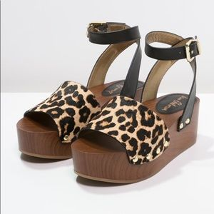 Leopard Sam Edelman Platform Sandals Size 10